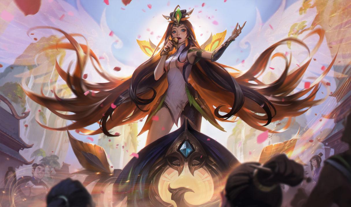 Graceful Phoenix Seraphine